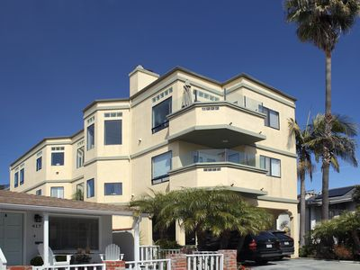 Designer Beach Home in Upscale Manhattan Beach-FULL MONTH OF MAY 2020 ONLY