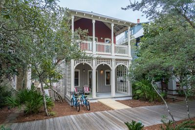 Point of View Cottage in the Heart of Rosemary Beach