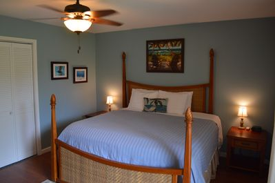 Ocean Side Bedroom, Quality King Size Bed & the sounds of the Ocean