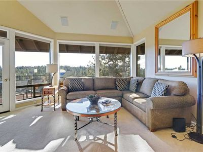 Photo for Private, three bedroom riverview condo in Bend with gas fireplace and hot tub