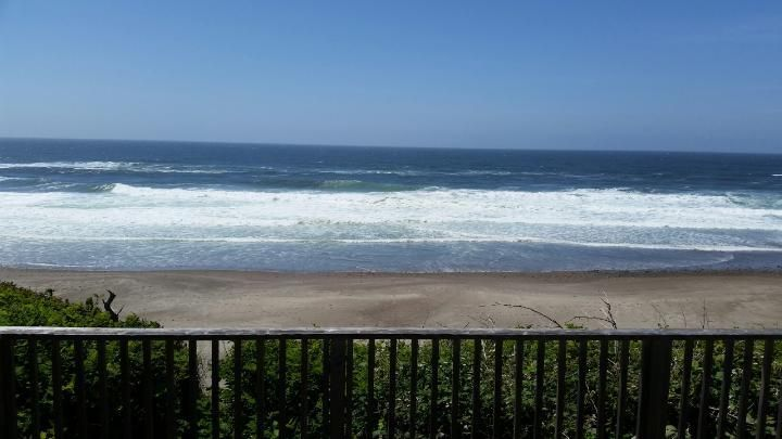 Magenta Ss Gorgeous Oceanfront Pet Friendly Home Offers Spectacular Views Share Gleneden Beach