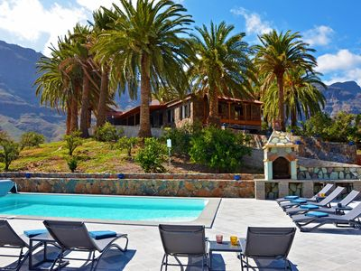 Photo for Exclusive Villa Gran Canaria with a heated pool