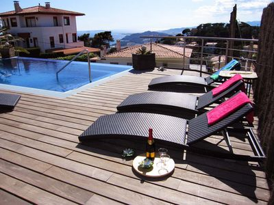 Photo for Apartment, solar heated pool, ideal for families!
