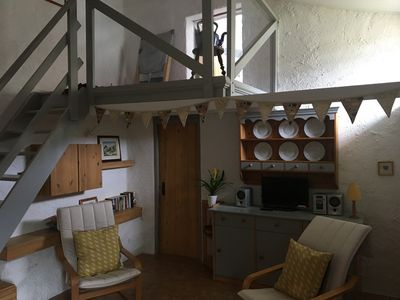 Le Petit Coindries living area