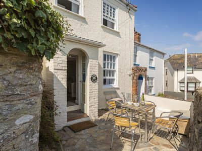 Photo for PRIMROSE COTTAGE (BUCKLEY), family friendly in Salcombe, Ref 995720