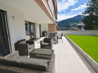Photo for Alpin & See Resort, Top 3 - amazing apartment, a stone-throw away from the lake of Zell am See
