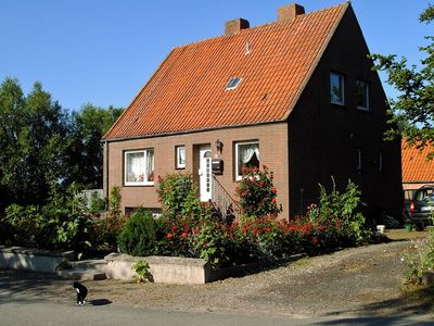 Photo for Cozy apartment in the quiet village of buoys on Fehmarn, 600m to the beach