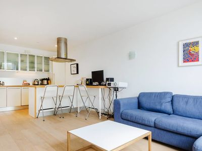 Photo for Stylish1bed apt in Islington 15 mins to Old Street