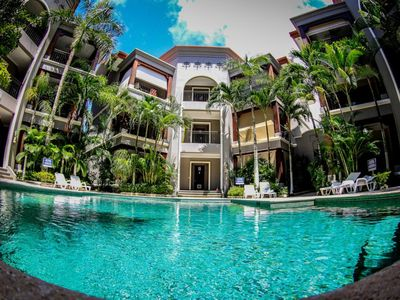 Photo for Contemporary McCaw Ocean Club Beach Condo with Pool!