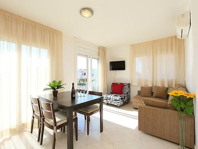 Photo for Apartment Puigmal in Empuriabrava - 4 persons, 2 bedrooms