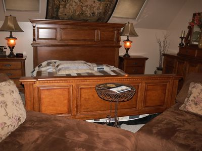 Photo for Jacuzzi King Non Smoking master suite Independent Entrance. No access from house