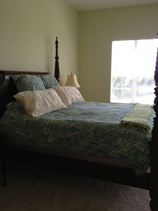 Master Bedroom - King - overlooks lake