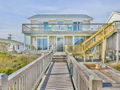 Photo for Krabby Patty - Oceanfront home with Fantastic views and large deck!