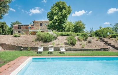 Photo for 10 bedroom accommodation in Lucignano (AR)