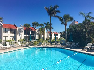 Photo for Beautiful 2 BR/2 BA condo only steps to the Beach!