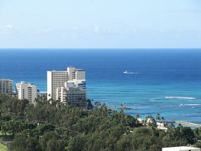 Photo for Luxurious Ocean View Condo! 37th Floor 1BR.