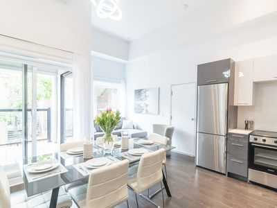 Photo for Brand New! Luxurious Mile End Loft! With AC 101