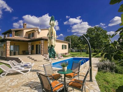 Photo for Comfortable villa with private pool and large garden with summer kitchen