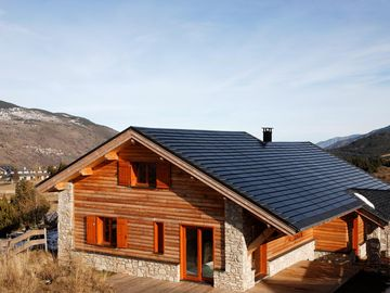 St Pierre dels Forcats, eco friendly chalet, wooden framework, Spa sauna