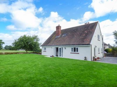 Photo for LEAHAY, family friendly, luxury holiday cottage in Elton, Ref 937824