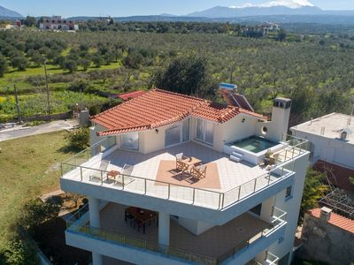 Photo for Villa Calma. Beautiful view, Terrace with Jacuzzi, Ideal Location