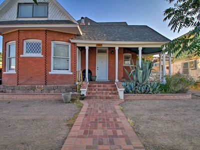 Photo for NEW! Downtown Albuquerque Apt, 1 Mile to Old Town!
