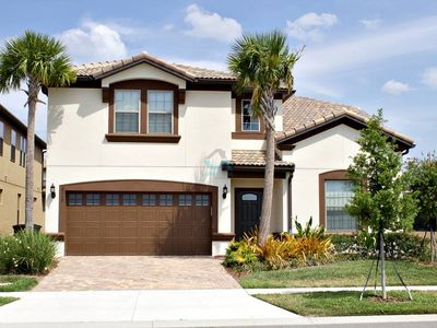 Photo for Best location near Disney beautiful vacation home!