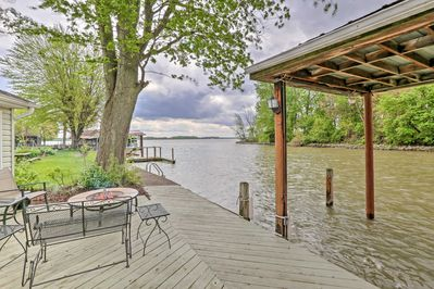 Chippewa Cottage w/ Patio & Dock on Indian Lake! - Lakeview