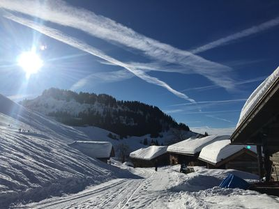 Photo for Chalet in the middle of the slopes - Appartement bas