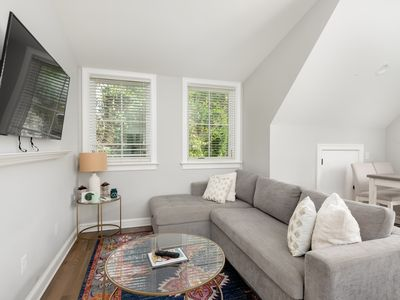 Photo for Cozy Carriage House in the Heart of Downtown!