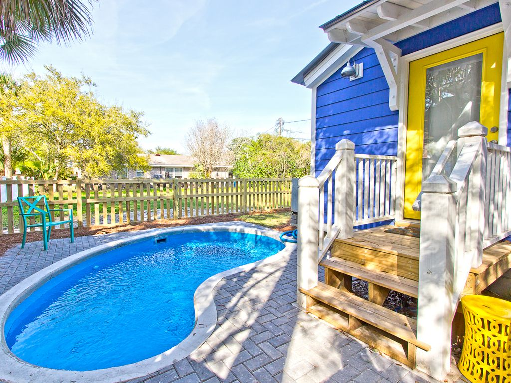 Beautiful pet friendly cottage with private pool option - Pet friendly cottages with swimming pool ...