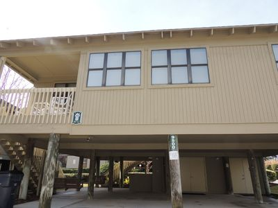 Photo for Updated 4 Bedroom/3bath Guest Cottage #80, MAKES FOR A GREAT VACATION!