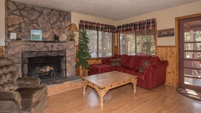 """Photo for Canyon Cabins - """"Big Bear"""" Family Cabin in Upper Canyon - Fireplace & Deck"""