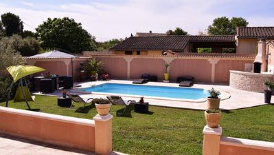 Photo for PROMOTION from 15 to 28 June Air-conditioned villa 5 minutes from Avignon city center