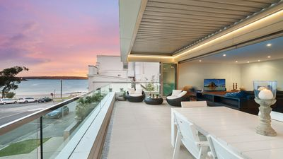 Photo for Bula Luxury Villa at Balmoral Beach
