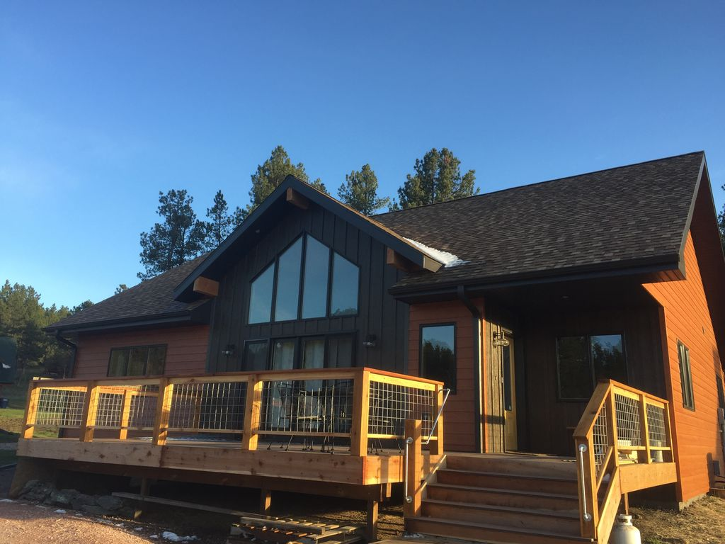 Central hills brand new 4 bedrooms 2 bath vrbo for Pactola lake cabins