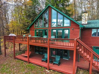 DOGS WELCOME! Lake Access Home w/Dock Slip, Hot Tub, Pool Table, & Lake Views!