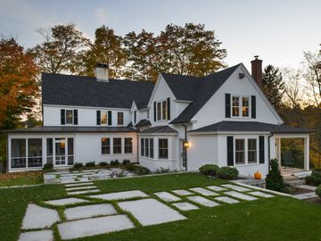 Stunning Farm House, Seacoast, NH
