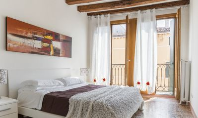 Photo for Accademia Charm Apartment n. 4 - Apartment for 4 people in Venecia