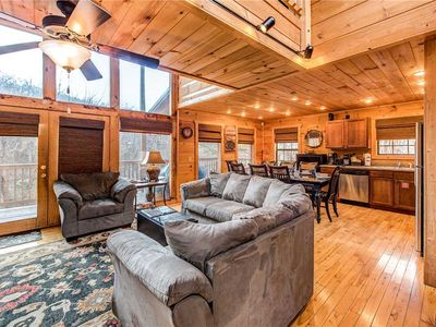 Photo for Bear Pause, 4 Bedrooms, Sleeps 10, Pool Table, WiFi, Hot Tub