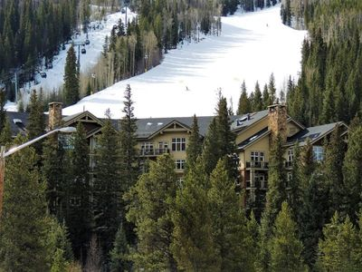 Photo for Ski in Ski Out convenience and luxury on the slopes of River Run Village.