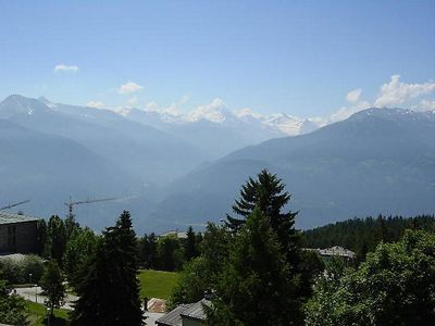 Photo for Apartment Merises in Crans-Montana - 6 persons, 2 bedrooms