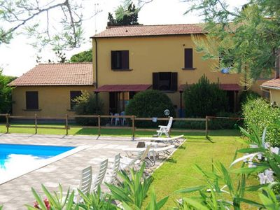Photo for Apartment2 Casa Milla wi-fi swimming pool holiday gardens for relaxing Tuscany sea