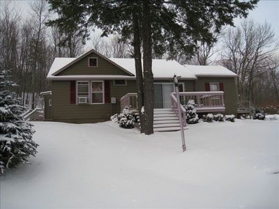 Front view of chalet in Winter