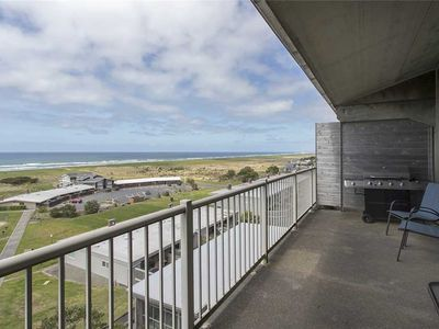 Photo for Gearhart House G736: 2.5 BR / 2 BA condo in Gearhart, Sleeps 10