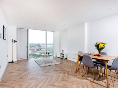 Photo for Lovely, Modern 2BR Apt in the heart of Manchester