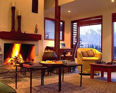 Photo for Spacious apartment in the centre of Queenstown