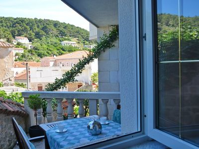 Photo for In the center of Pučišća with Internet, Air conditioning, Parking, Terrace (740046)