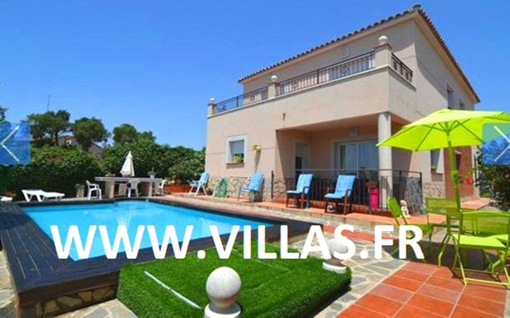 Costa Brava, Lloret De Mar Villa For 10 People With Private Pool