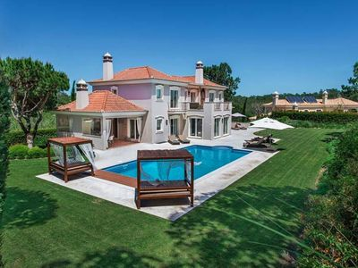 Photo for Stunning villa in Quinta do Lago. Walking distance to the shopping plaza and restaurants R116